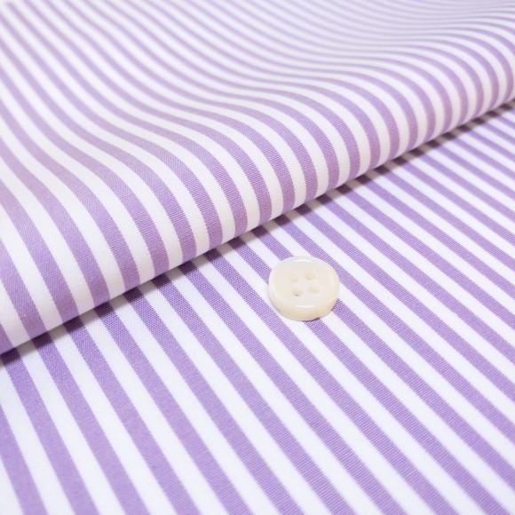The London Stripe(black white) シャツ着用