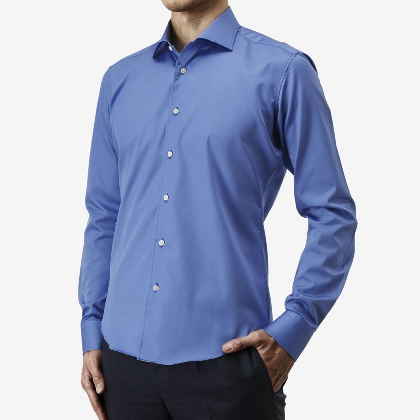 The Rich Broad(royal blue) シャツ着用