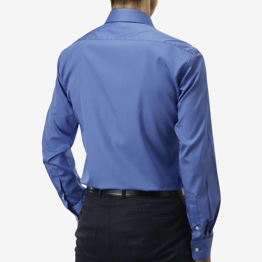 The Rich Broad(royal blue) シャツ着用後ろ